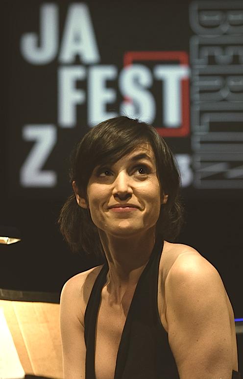 Tamar Halperin beim JazzFest Berlin mit dem Wunderkammer-Projekt