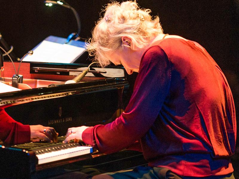 Die Pianistin Julia Hülsmann